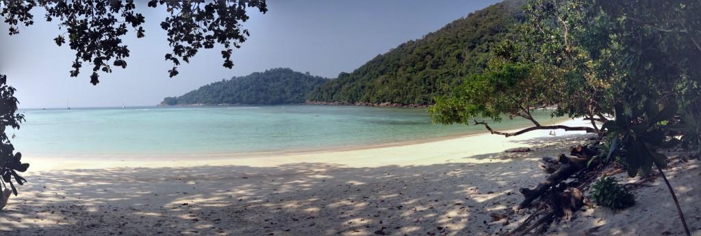 Suyin Island Beach