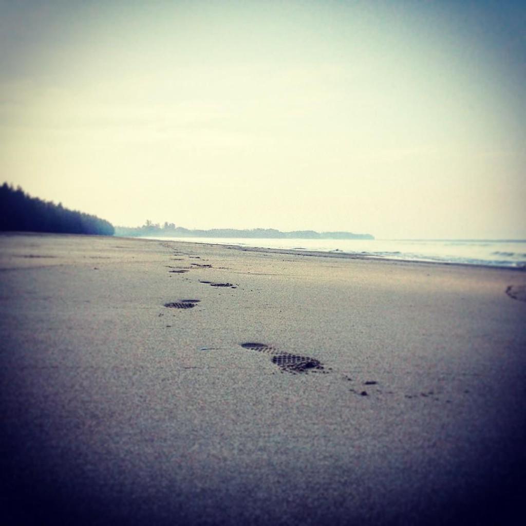 spuren-im-sand